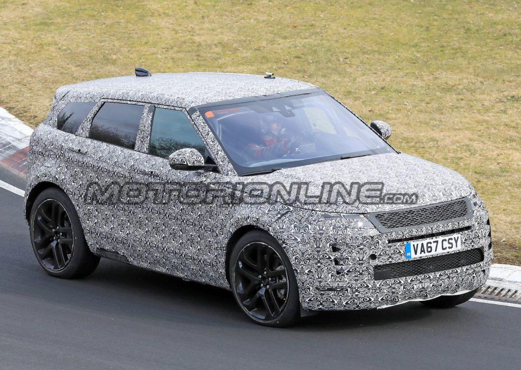 Range Rover Evoque: test al Nurburgring per il nuovo modello [VIDEO SPIA]