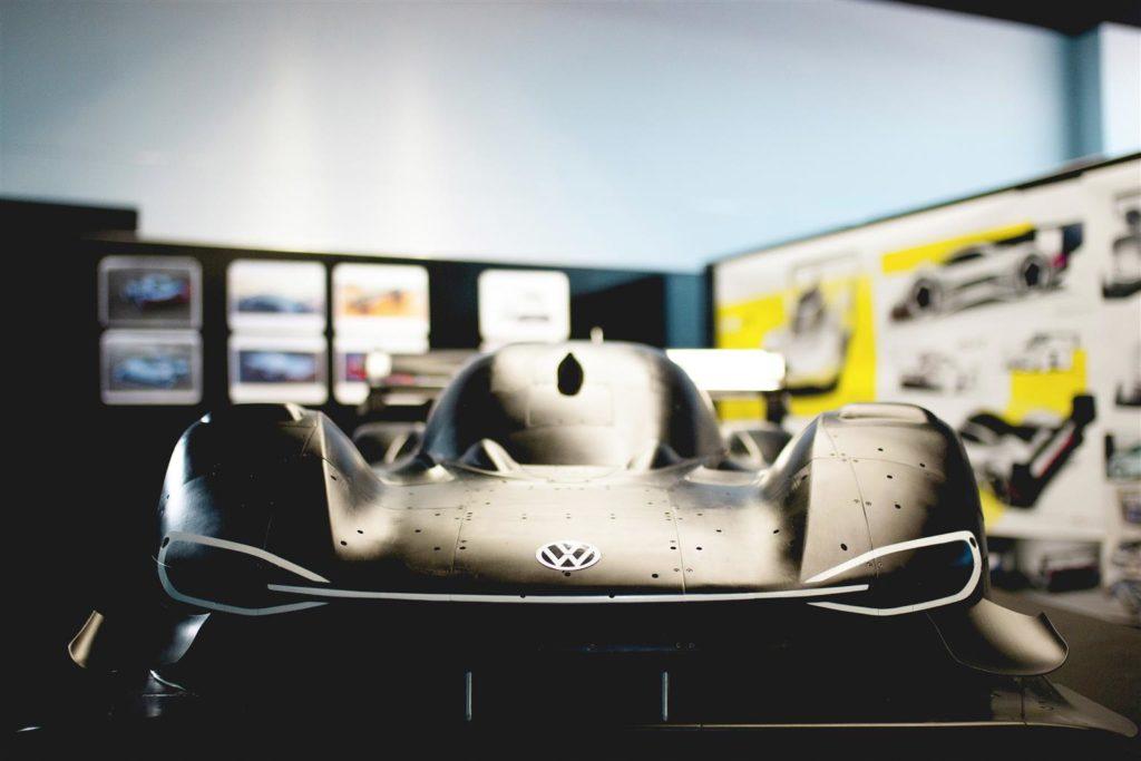 Volkswagen I.D. R Pikes Peak: design tra emozione e funzionalità [VIDEO]