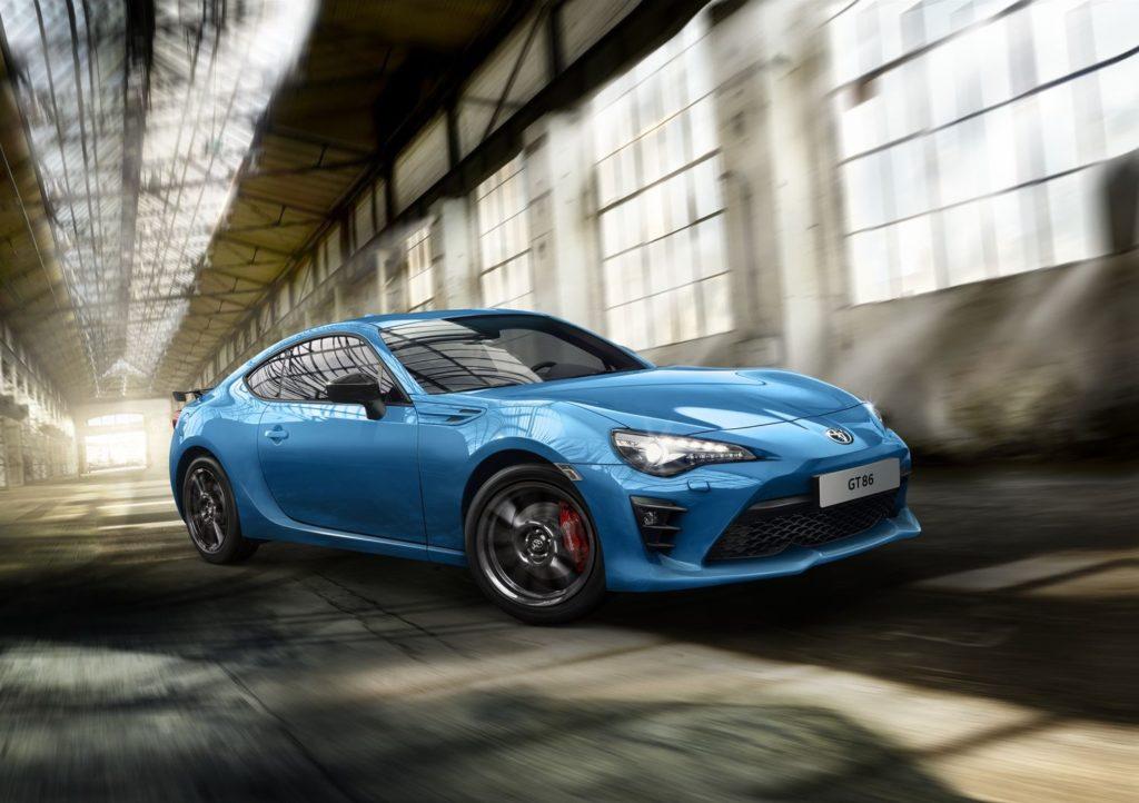 Toyota GT86: la Racing Edition Thunder Blue debutta al Japanese Car Meeting