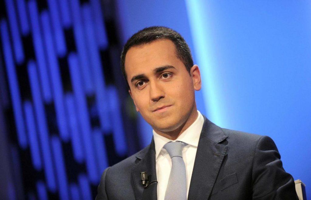 """FCA, Di Maio: """"Bene gli investimenti sull'auto elettrica"""""""