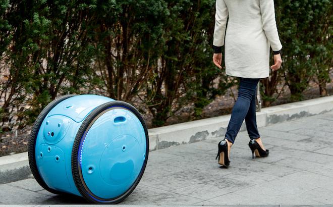 Piaggio Gita: la valigia robot elettrica ed autonoma [VIDEO]