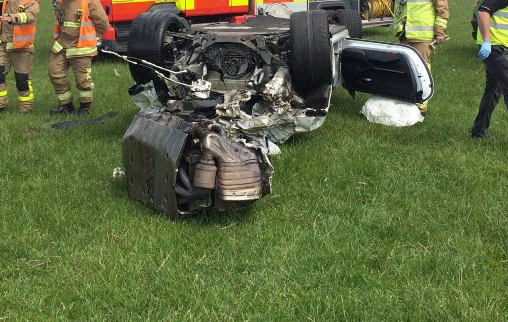 Porsche GT3 RS: le foto dello spaventoso incidente sull'Isola di Man