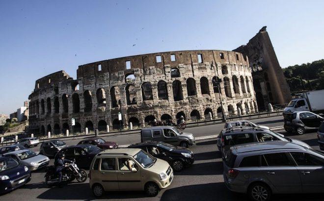 Roma: in arrivo il pedaggio per circolare in centro