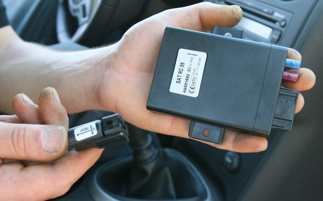 RC Auto con scatola nera: come funziona, installazione e disinstallazione