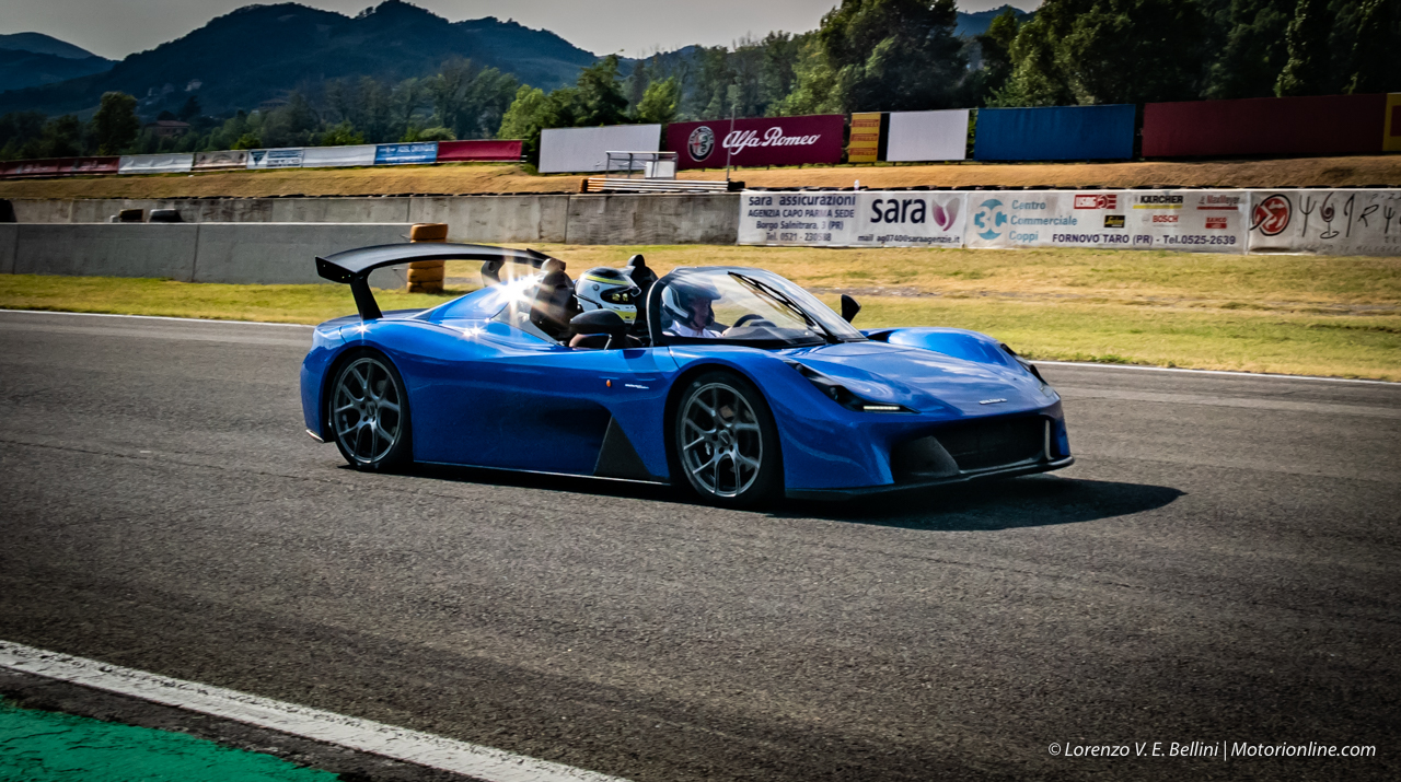 Autodromo Varano Calendario 2020.Dallara Stradale Hot Lap Sul Circuito Di Varano De
