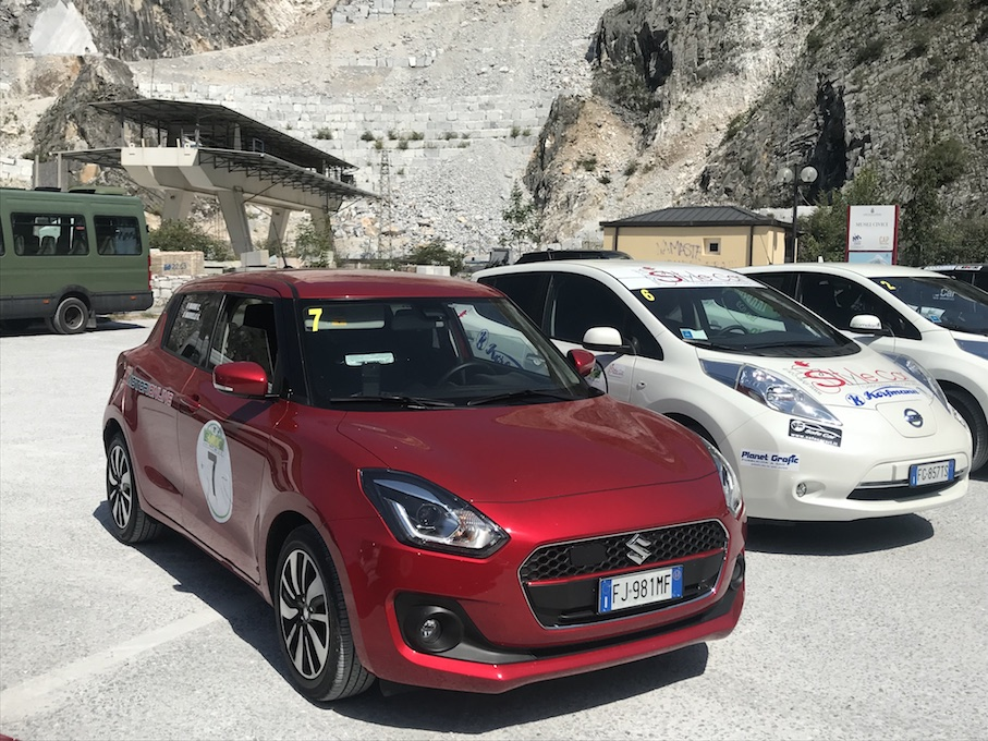 Suzuki Swift Hybrid TOP 2WD: con la piccola ibrida giapponese al via dell'E-MROC