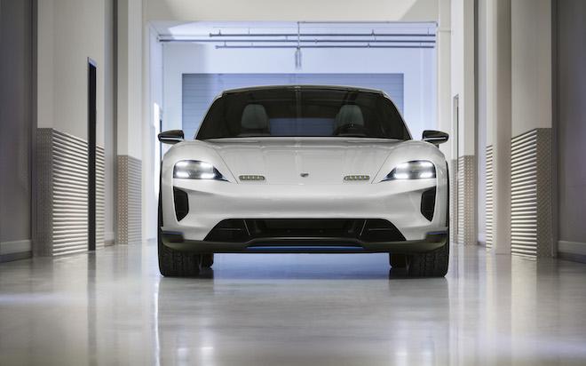 Porsche Mission E Cross Turismo: è attesa sul mercato a fine 2021