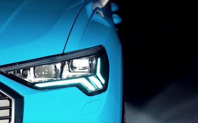 Audi Q3: si scoprono i fari, presentazione il 25 luglio [VIDEO TEASER]