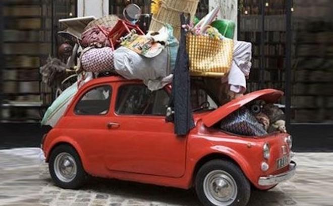 Bagagli auto: come caricarli in sicurezza e nel rispetto della legge
