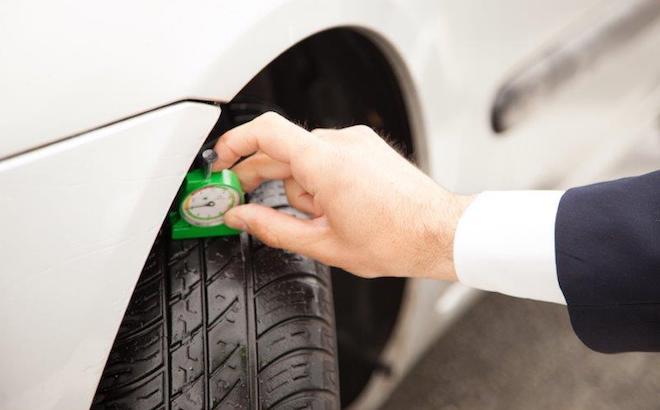 Allarme gomme: crescono gli pneumatici lisci e non conformi