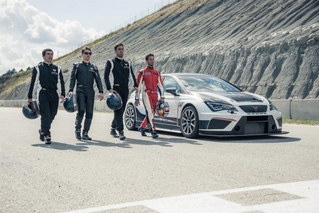 CUPRA TCR: Jorge Lorenzo e Andrea Dovizioso tester d'eccezione