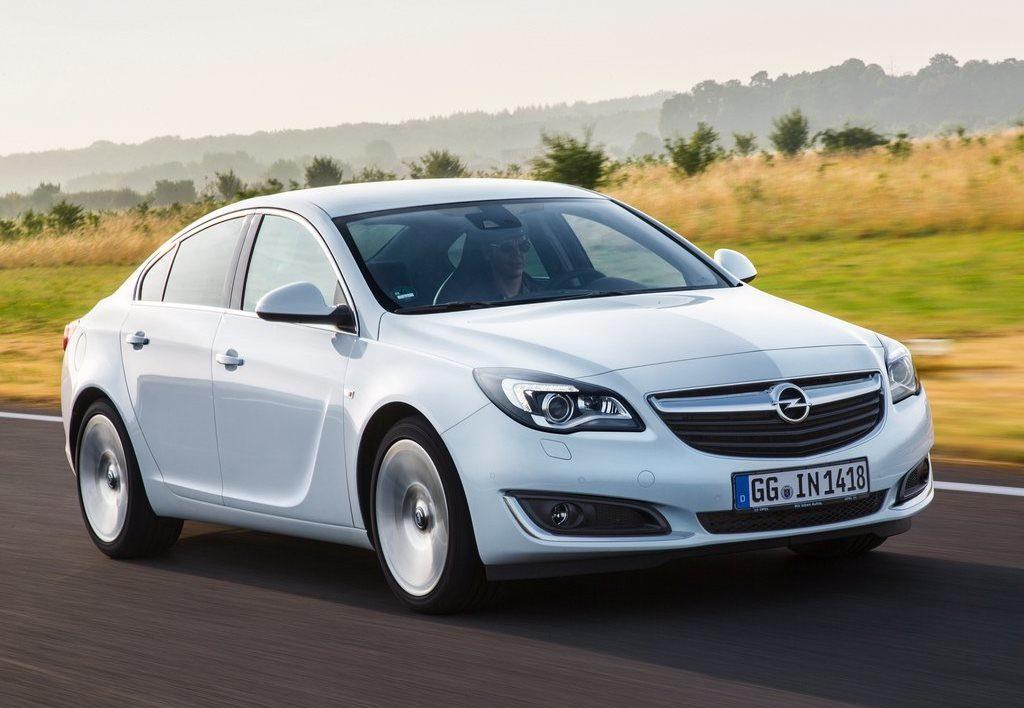 Opel Insignia, arriva il motore 1.6 turbo benzina 200 CV euro 6d-temp