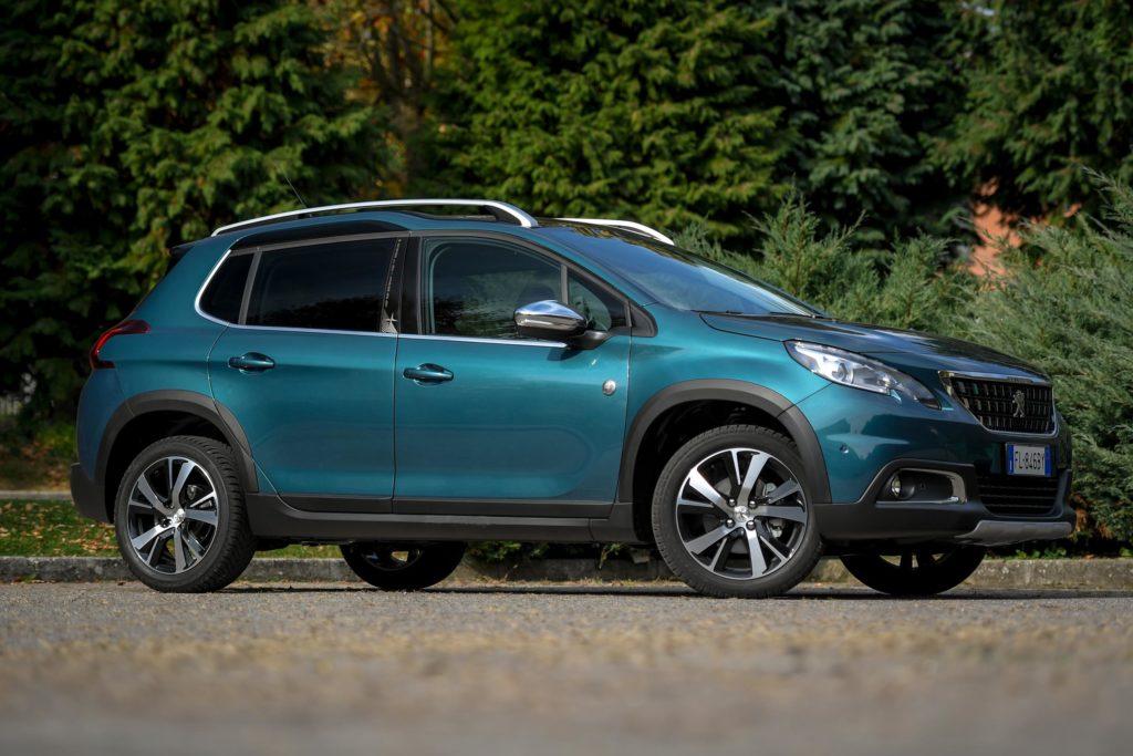 Peugeot 2008: il nuovo modello sarà più spazioso e con uno stile più aggressivo