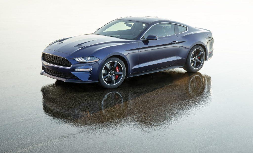Ford Mustang Bullitt Kona Blue: un esemplare unico per beneficenza [VIDEO]