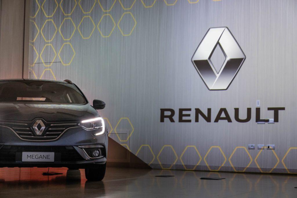"""Il Gruppo Renault lancia le nuove motorizzazioni benzina """"TCe FAP"""" e diesel """"Blue dCi"""""""