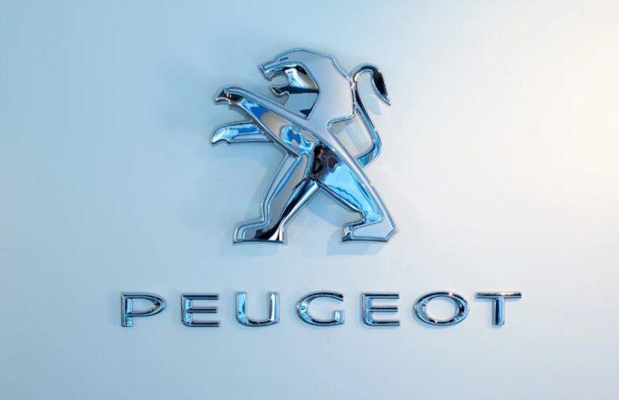 Peugeot presenta le nuove motorizzazioni plug-in hybrid a benzina