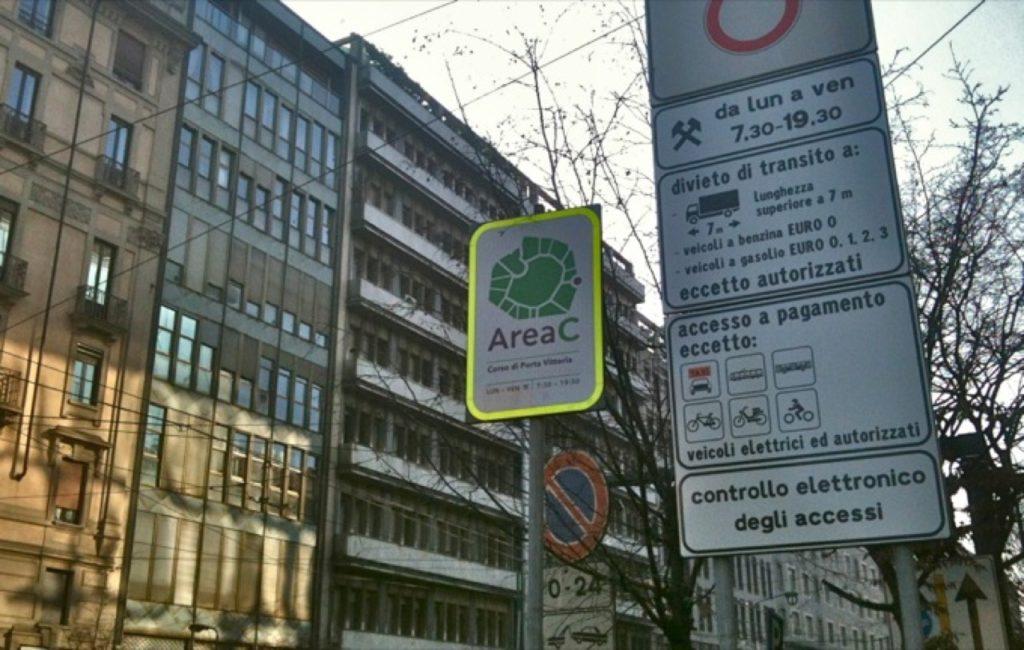 """Area C Milano: dal primo ottobre in vigore il divieto d'accesso per i cosiddetti """"Diesel Pesanti"""""""