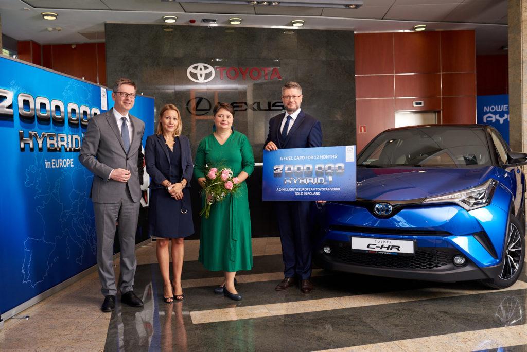Toyota C-HR: è la 2 milionesima vettura Full Hybrid Electric consegnata in Europa
