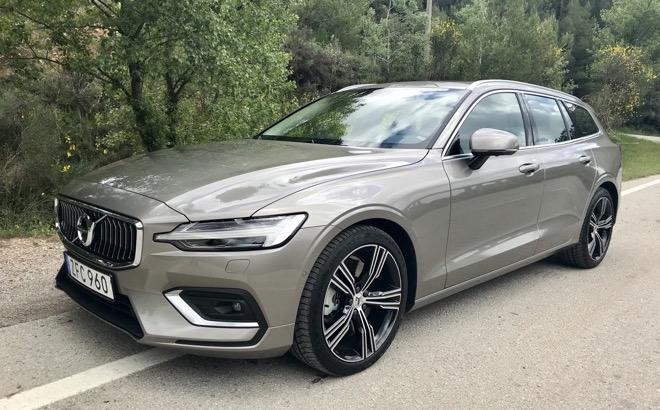 Volvo V60: è arrivata nelle concessionarie, con Care by Volvo
