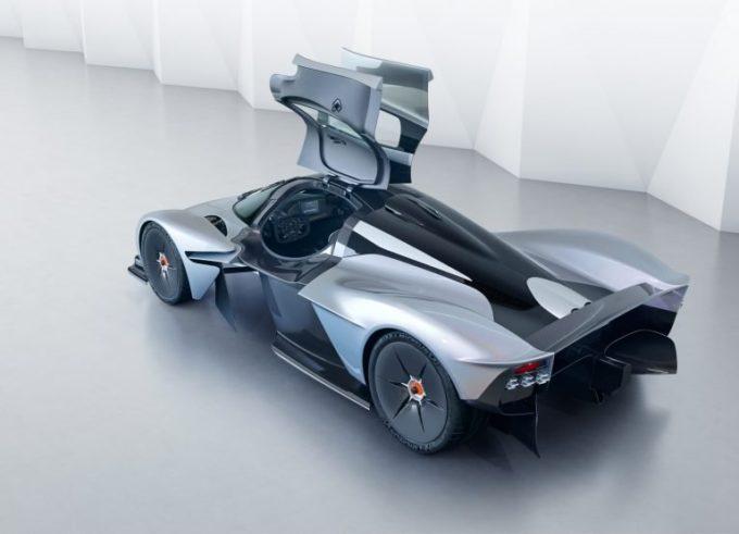 Aston Martin Valkyrie: l'urlo del V12 da 1.000 cv