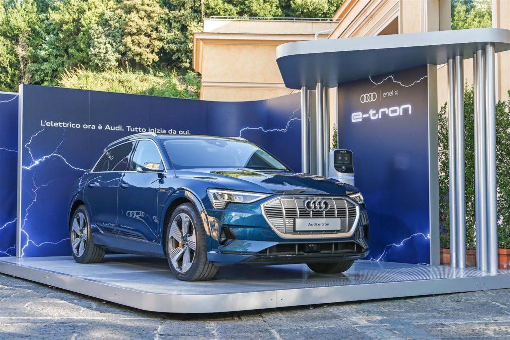 Audi e-tron, con Enel X la ricarica elettrica è più facile e rapida