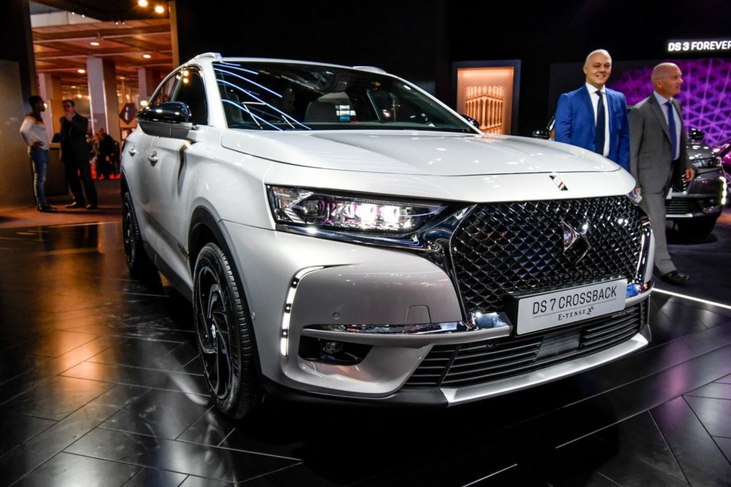 DS 7 Crossback E-Tense: VIDEO LIVE da Parigi del SUV premium ibrido