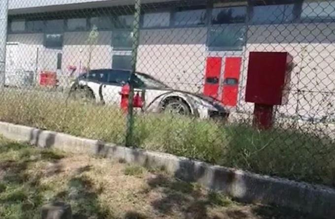 Ferrari Purosangue: il primissimo sguardo sul SUV del Cavallino [VIDEO SPIA]
