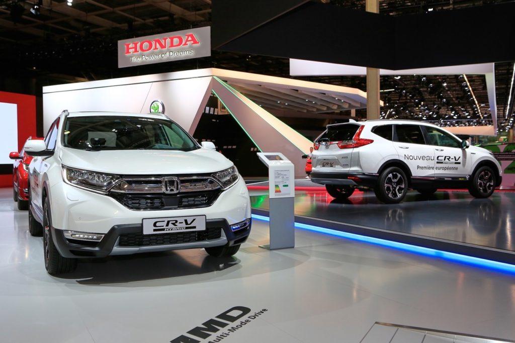 Honda CR-V Hybrid: il debutto europeo del SUV con motore ibrido al Salone di Parigi 2018 [VIDEO LIVE]