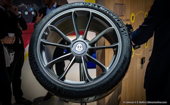 Speciale Michelin Track Connect - Salone di Parigi 2018