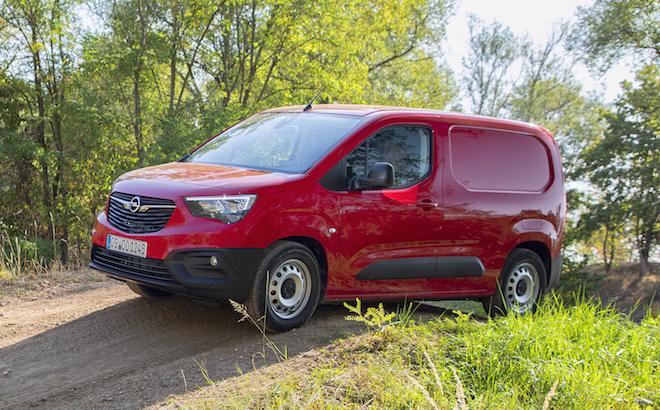 Opel Combo Cargo: più trazione e stabilità con IntelliGrip