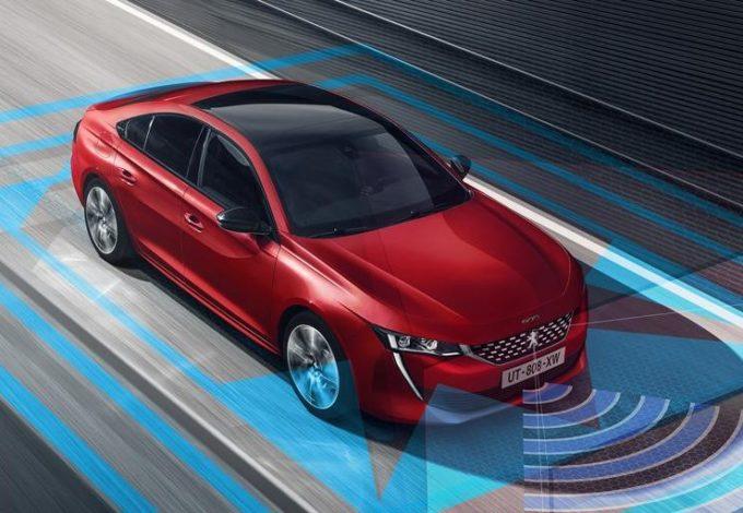 Peugeot 508: mix di tecnologie avanzate al servizio della sicurezza