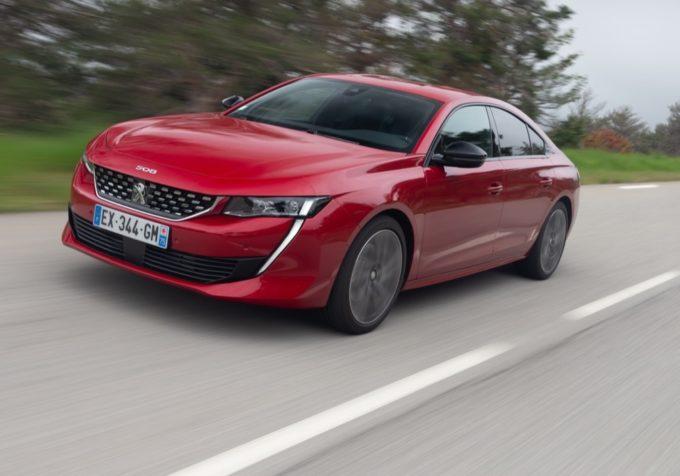 Peugeot 508, motorizzazioni che premiano efficienza e performance