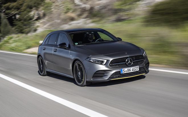 Mercedes Classe A: cinque stelle Euro NCAP per la vettura tedesca [VIDEO]