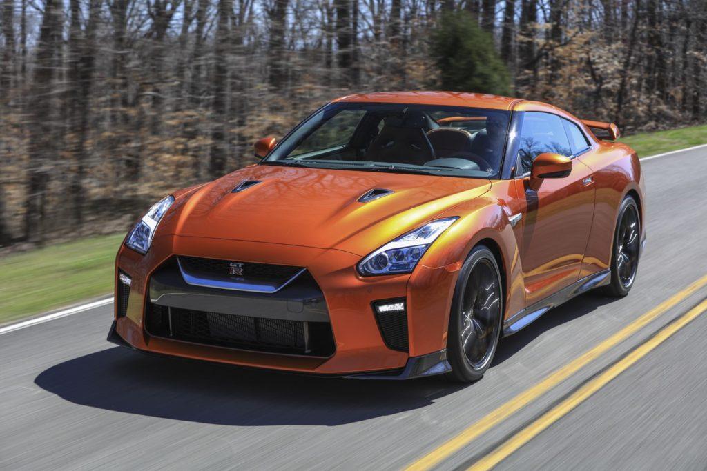 Nissan GT-R e 370Z, le eredi delle sportive potrebbero essere elettrificate