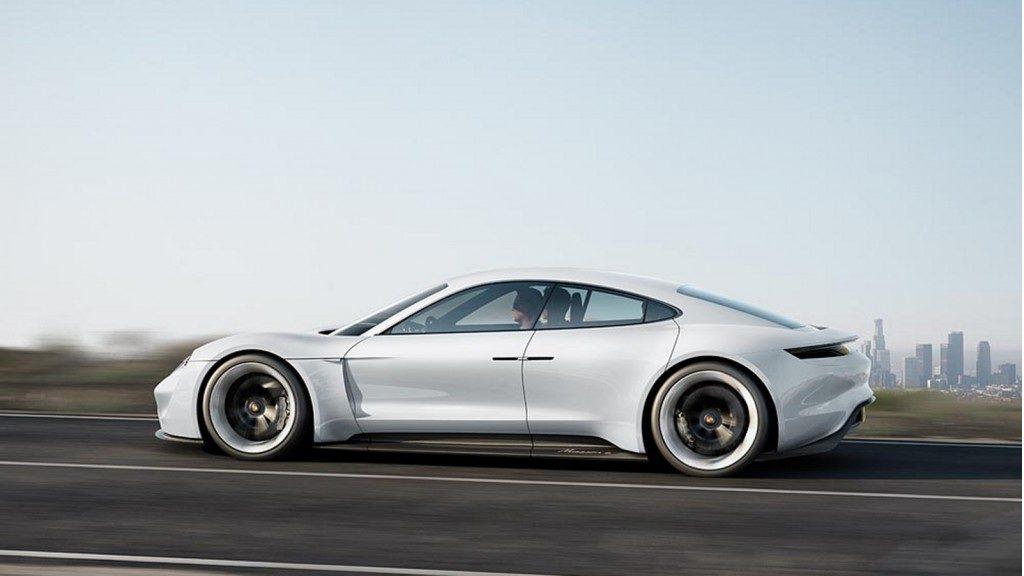 Porsche Taycan Targa, si lavora ad una nuova versione dell'elettrica