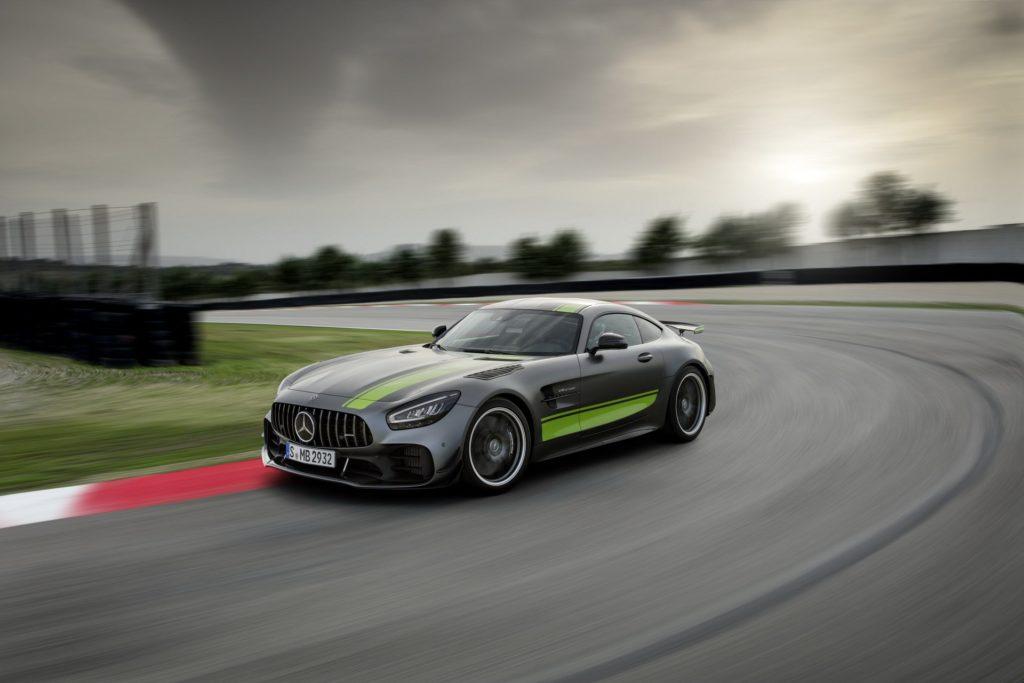 Mercedes-AMG GT R Pro: un nuovo livello di potenza [VIDEO]