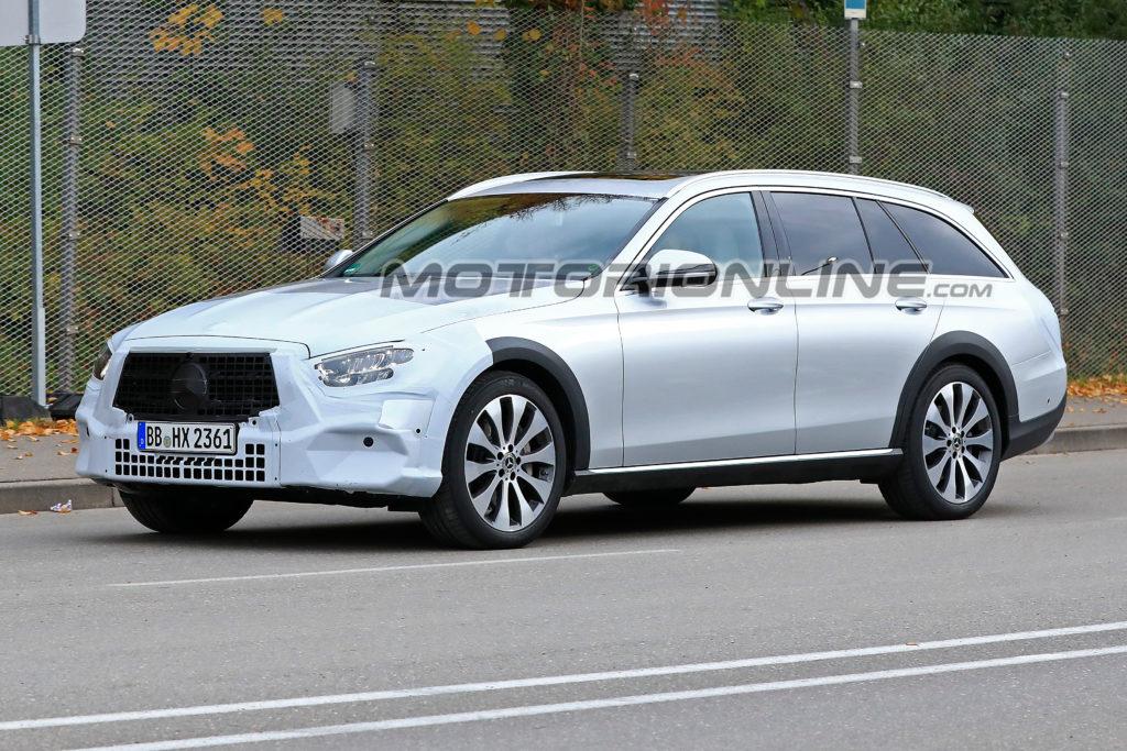 Mercedes Classe E All Terrain foto spia 6 novembre 2018