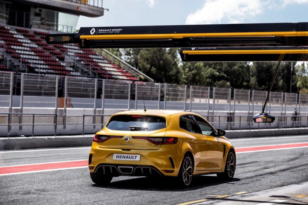 Renault Megane RS: punta al record al Nurburgring? [VIDEO]