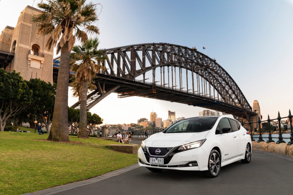 """Nissan LEAF: è suo il premio """"Drive Car of the Year"""" per il sistema di ricarica V2G"""