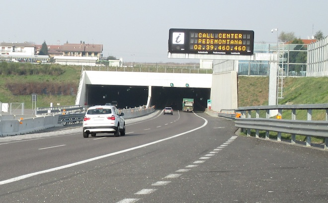 Autostrade: la proposta per aumentare il limite a 150 km/h