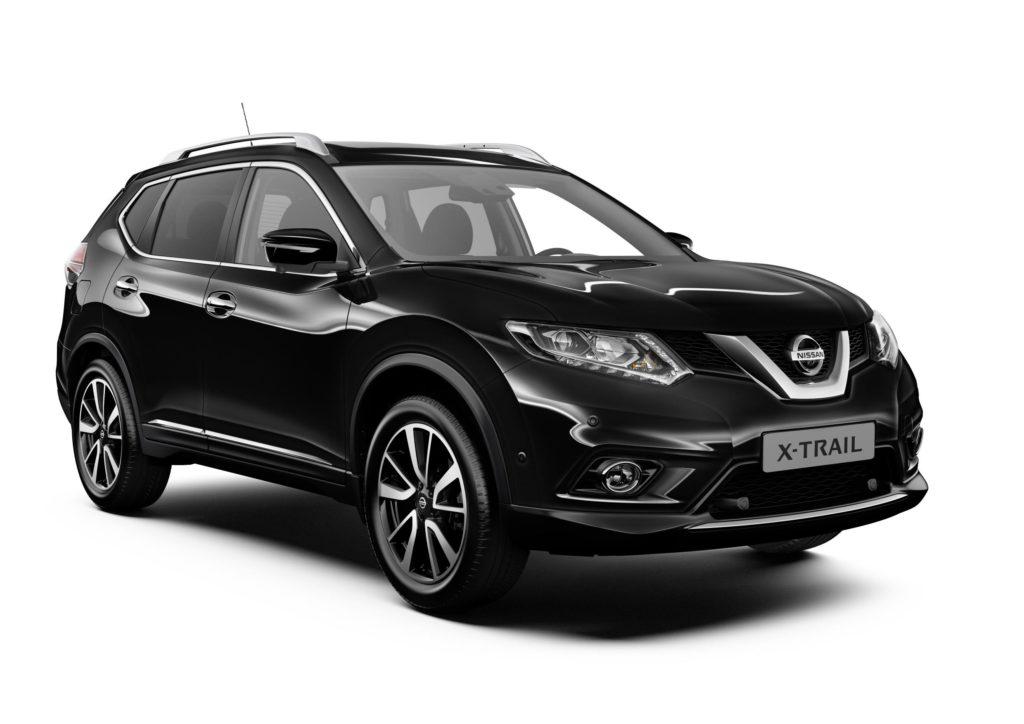 Nissan: 10 anni di garanzia a prezzo speciale per il Black Friday
