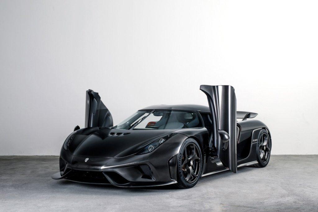 Koenigsegg Regera: il trattamento 'naked carbon' la rende ancora più intrigante