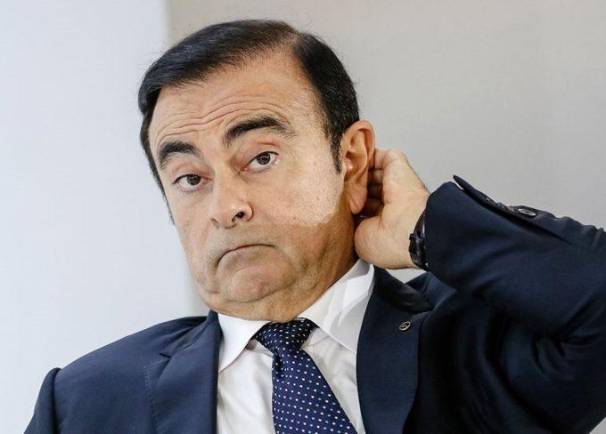 Carlos Ghosn, nuovo mandato d'arresto per l'ex capo di Nissan