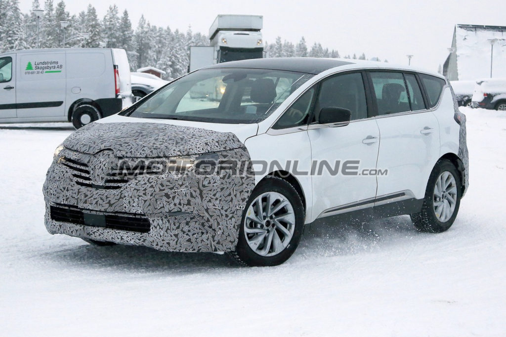 Renault Espace 2019 foto spia 12 dicembre 2018
