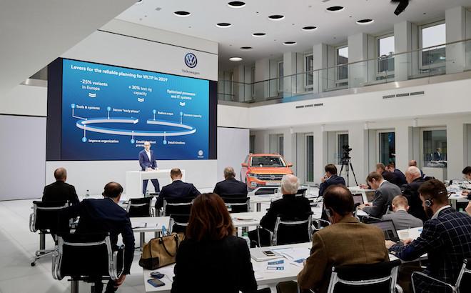 Volkswagen: 9 miliardi di investimenti sull'elettrico entro il 2023