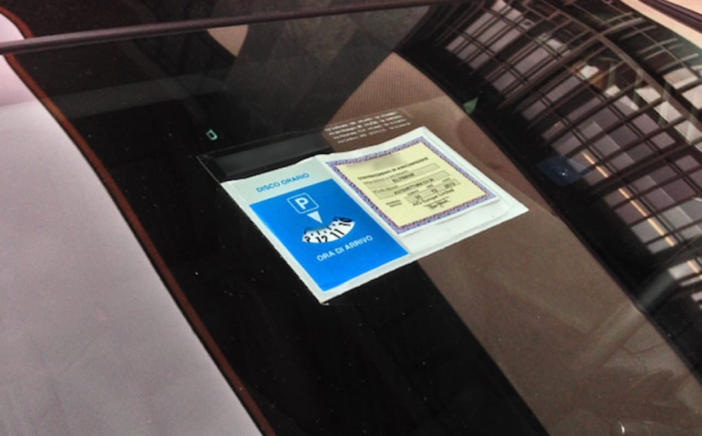 Sicurezza, l'Ania avverte: oltre 2,8 milioni di veicoli circolanti senza assicurazione