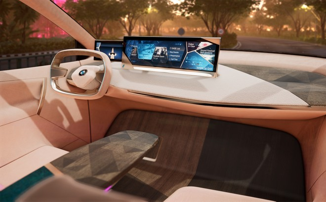 BMW Vision iNext: la guida virtuale al CES 2019