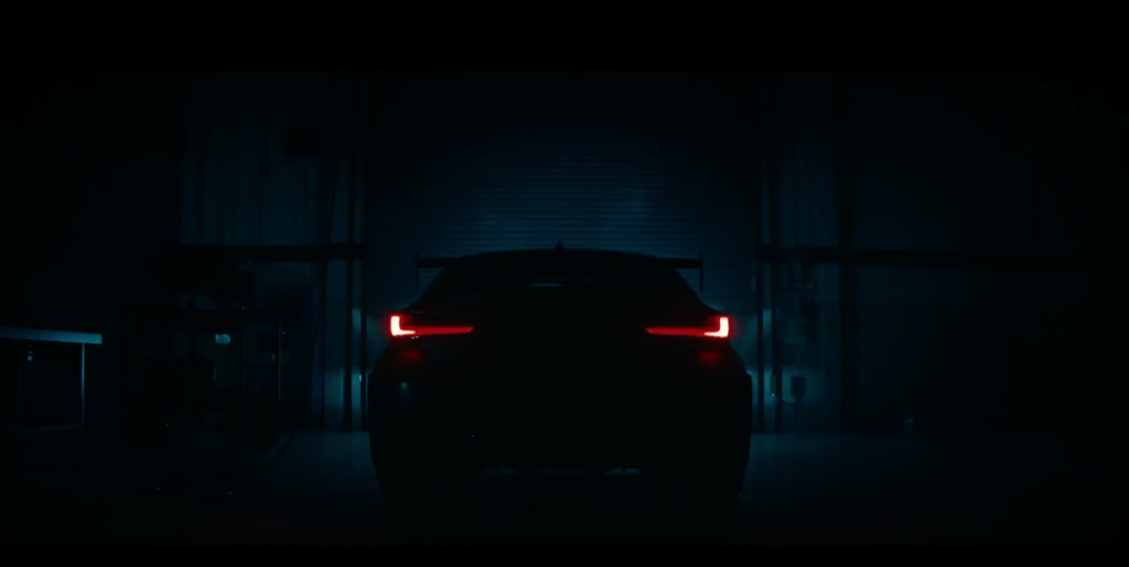 Lexus RC F Track Edition: una rapida anteprima in vista del Salone di Detroit [VIDEO TEASER]