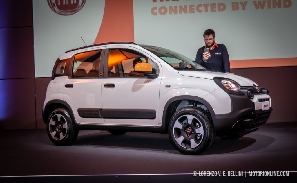 Fiat Panda Connected by Wind - Foto Live