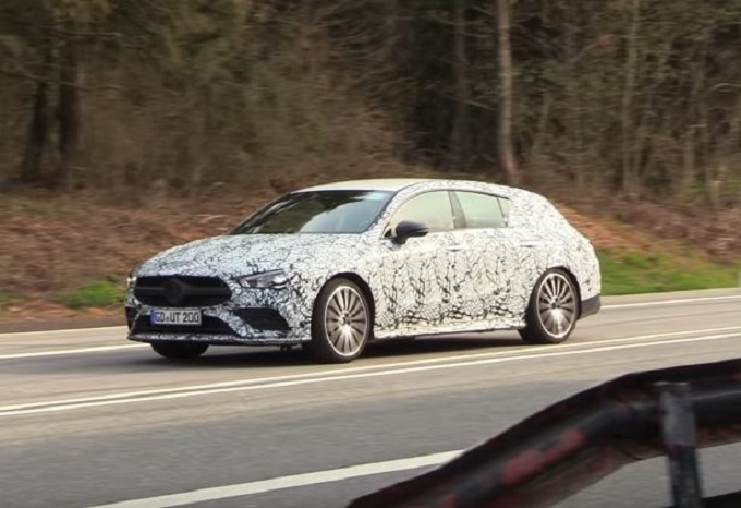 Mercedes-AMG CLA 35 Shooting Brake: avvistata durante gli ultimi collaudi [VIDEO SPIA]